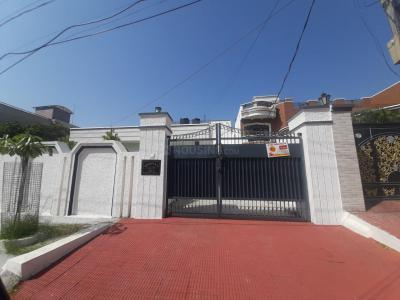 Gallery Cover Image of 5400 Sq.ft 3 BHK Independent House for rent in Sainik Colony for 65000