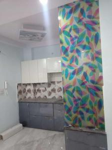 Gallery Cover Image of 950 Sq.ft 3 BHK Independent Floor for buy in Bharat Vihar for 3850000