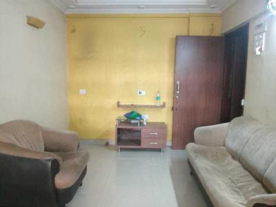 Gallery Cover Image of 595 Sq.ft 1 BHK Apartment for rent in Kanakia Park, Kandivali East for 25000