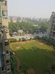 Gallery Cover Image of 1500 Sq.ft 3 BHK Apartment for rent in Sector 3 Dwarka for 26000