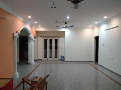 Gallery Cover Image of 1600 Sq.ft 3 BHK Independent Floor for rent in Semmancheri for 18000