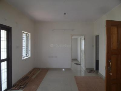 Gallery Cover Image of 940 Sq.ft 2 BHK Apartment for rent in Neelankarai for 20000