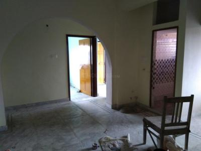 Gallery Cover Image of 850 Sq.ft 2 BHK Independent Floor for rent in Paschim Putiary for 7500