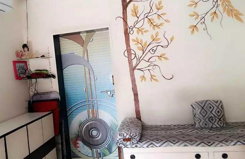 Living Room Image of 7100 Sq.ft 2 BHK Independent House for buy in Malad West for 5500000