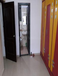 Gallery Cover Image of 635 Sq.ft 1 BHK Apartment for rent in Kandivali East for 23000