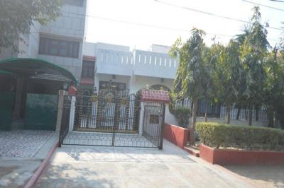 Gallery Cover Image of 1163 Sq.ft 2 BHK Independent Floor for rent in Sector 4 for 14500