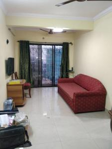 Gallery Cover Image of 650 Sq.ft 1 BHK Apartment for rent in Bandra East for 35000