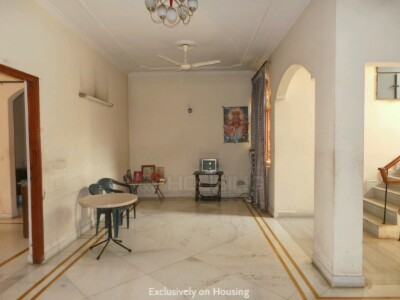 Gallery Cover Image of 2259 Sq.ft 2 BHK Independent House for buy in DLF Phase 2 for 32500000