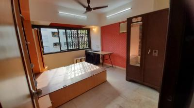 Gallery Cover Image of 600 Sq.ft 1 BHK Apartment for buy in Vile Parle East for 15000000