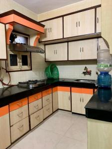 Gallery Cover Image of 1500 Sq.ft 3 BHK Apartment for rent in Patparganj for 32000