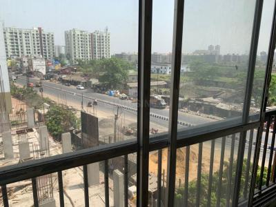 Gallery Cover Image of 1350 Sq.ft 3 BHK Apartment for rent in M B Tower, Rajarhat for 15000