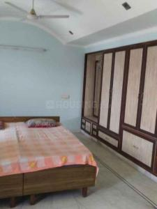 Gallery Cover Image of 1500 Sq.ft 3 BHK Independent Floor for rent in Sector 78 for 30000