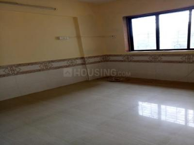 Gallery Cover Image of 800 Sq.ft 2 BHK Apartment for rent in Kandivali West for 22000