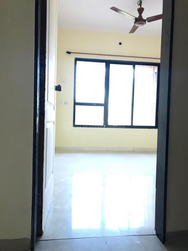 Bedroom Image of 520 Sq.ft 1 BHK Apartment for rent in Kandivali West for 18000