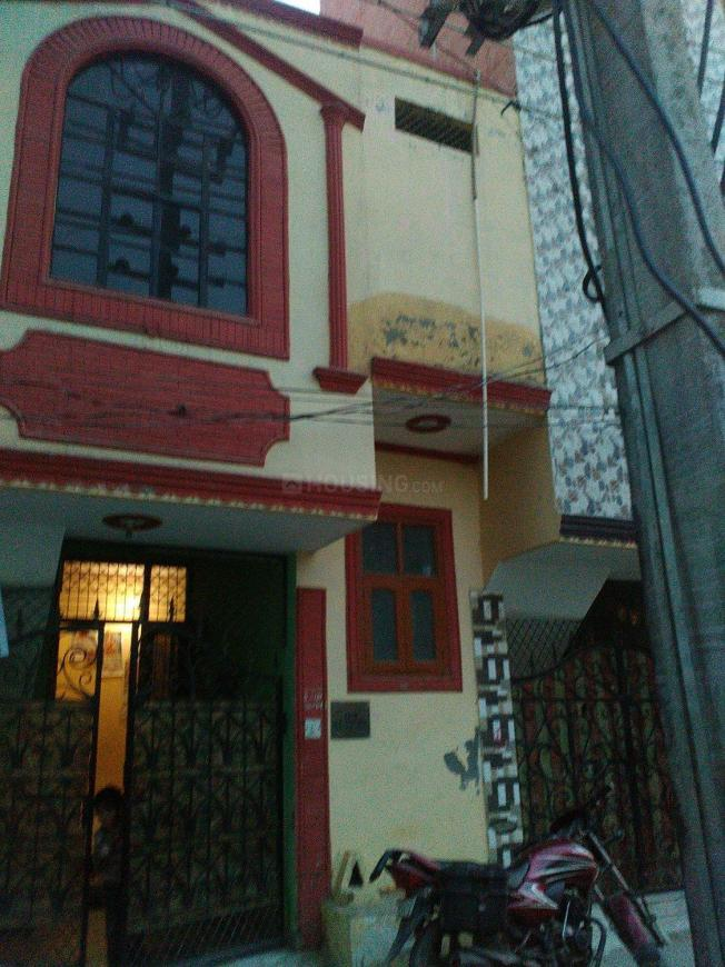Building Image of 810 Sq.ft 3 BHK Independent House for buy in Sector 105 for 5300000