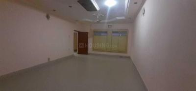 Gallery Cover Image of 4000 Sq.ft 4 BHK Villa for rent in Bhelupur for 35000