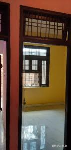 Gallery Cover Image of 500 Sq.ft 2 BHK Independent Floor for rent in Sehatpur for 5000