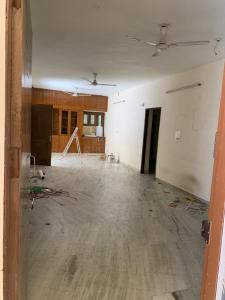 Gallery Cover Image of 2000 Sq.ft 3 BHK Apartment for rent in Vasant Kunj for 42000