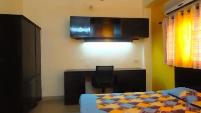Gallery Cover Image of 1250 Sq.ft 2 BHK Apartment for rent in Omega IV Greater Noida for 15000
