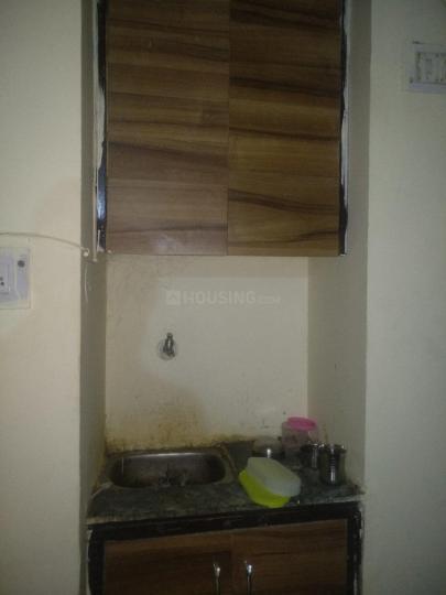 प्रदीप पीजी इन डीएलएफ़ फेज 3 के किचन की तस्वीर