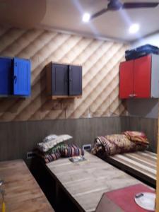Bedroom Image of PG 7472462 Baguihati in Baguihati