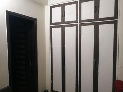 Gallery Cover Image of 2200 Sq.ft 3 BHK Apartment for rent in CGHS Azad Hind, Sector 9 Dwarka for 35000