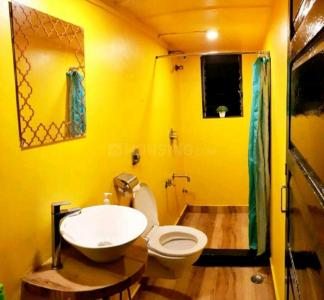 Bathroom Image of Hostel Stay in Kurla West