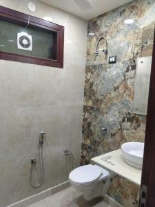 Gallery Cover Image of 1800 Sq.ft 3 BHK Independent Floor for buy in Vikaspuri for 24500000
