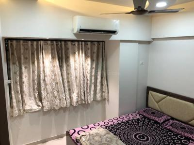 Gallery Cover Image of 880 Sq.ft 2 BHK Apartment for rent in Ghatkopar East for 53000
