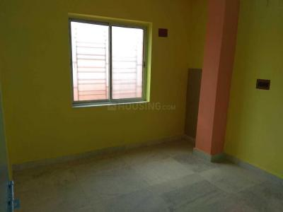Gallery Cover Image of 250 Sq.ft 1 BHK Independent House for rent in Kaikhali for 4000