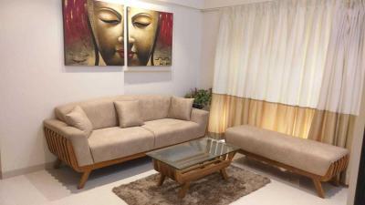 Gallery Cover Image of 650 Sq.ft 1 BHK Apartment for buy in Heritage Tirandaz Subha Niketan CHS Ltd, Powai for 14400000