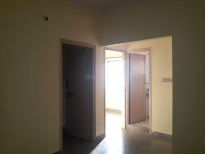 Gallery Cover Image of 800 Sq.ft 2 BHK Apartment for rent in Shanti Paradise, S.G. Palya for 14000
