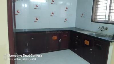 Gallery Cover Image of 1200 Sq.ft 2 BHK Apartment for rent in Aminjikarai for 22000