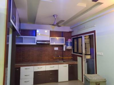 Gallery Cover Image of 1500 Sq.ft 3 BHK Apartment for rent in Nava Naroda for 18000