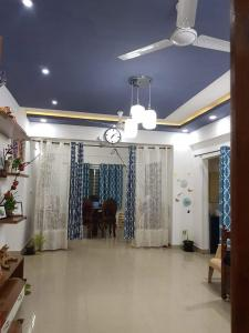 Gallery Cover Image of 1545 Sq.ft 3 BHK Apartment for rent in Anagalapura for 20000