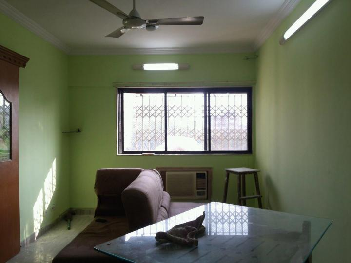 Living Room Image of 650 Sq.ft 1 BHK Apartment for rent in Borivali West for 24000