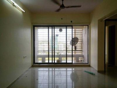 Gallery Cover Image of 1000 Sq.ft 1 BHK Apartment for rent in Kandivali East for 28000