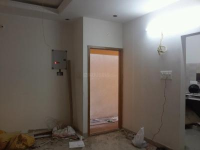 Gallery Cover Image of 750 Sq.ft 2 BHK Apartment for buy in Kundrathur for 3800000
