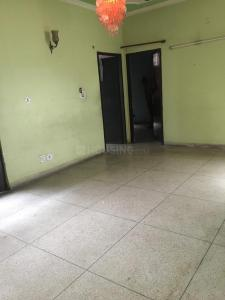 Gallery Cover Image of 900 Sq.ft 2 BHK Apartment for buy in Phi II Greater Noida for 4000000