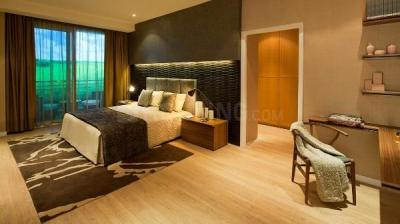 Gallery Cover Image of 6400 Sq.ft 4 BHK Apartment for rent in DLF The Aralias, Sector 42 for 310000