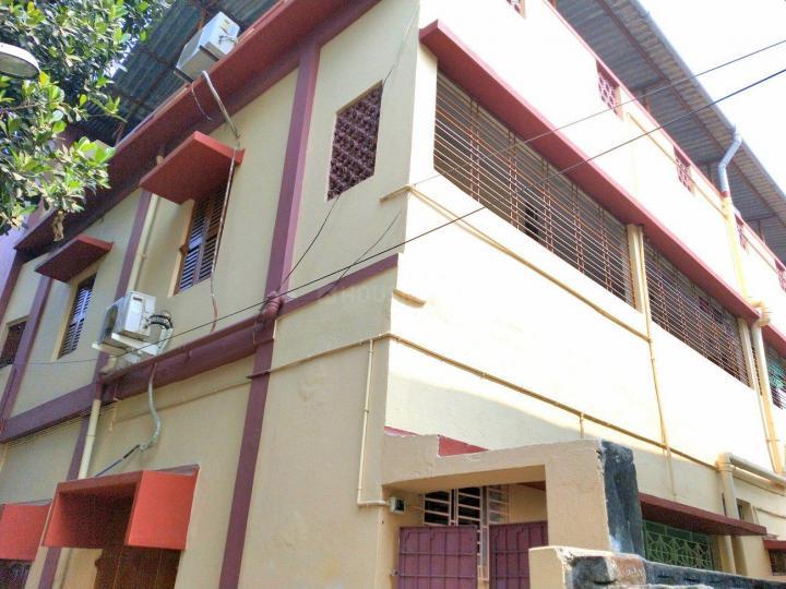 Building Image of Male PG Near Behala Tram Depot. in Behala