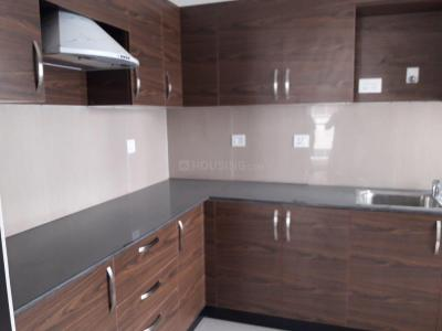 Gallery Cover Image of 1850 Sq.ft 3 BHK Apartment for rent in Velachery for 25500