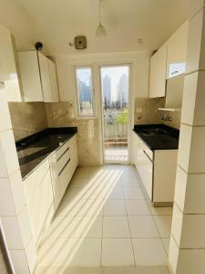 Gallery Cover Image of 920 Sq.ft 2 BHK Apartment for buy in Arihant Abode, Noida Extension for 3500000