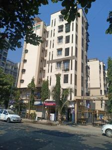 Gallery Cover Image of 1300 Sq.ft 2 BHK Apartment for rent in Mira Road East for 30000