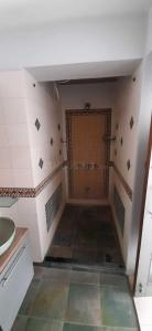 Gallery Cover Image of 1120 Sq.ft 2 BHK Apartment for rent in Bodakdev for 28000