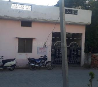 Gallery Cover Image of 1225 Sq.ft 3 BHK Independent House for buy in Sri Royal City for 3500000