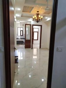 Gallery Cover Image of 1400 Sq.ft 3 BHK Independent Floor for buy in Vasundhara for 7300000