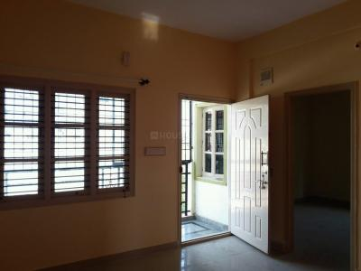 Gallery Cover Image of 700 Sq.ft 2 BHK Apartment for rent in J P Nagar 8th Phase for 13000