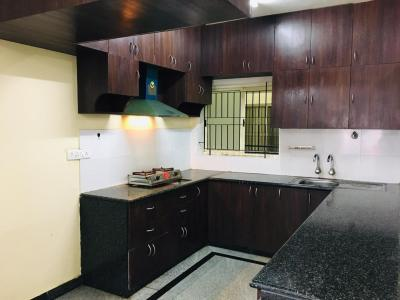Gallery Cover Image of 1184 Sq.ft 2 BHK Apartment for rent in VKC Chourasia Manor Phase 1, Kadubeesanahalli for 24000