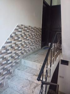 Gallery Cover Image of 500 Sq.ft 1 BHK Apartment for rent in Sector 91 for 7000
